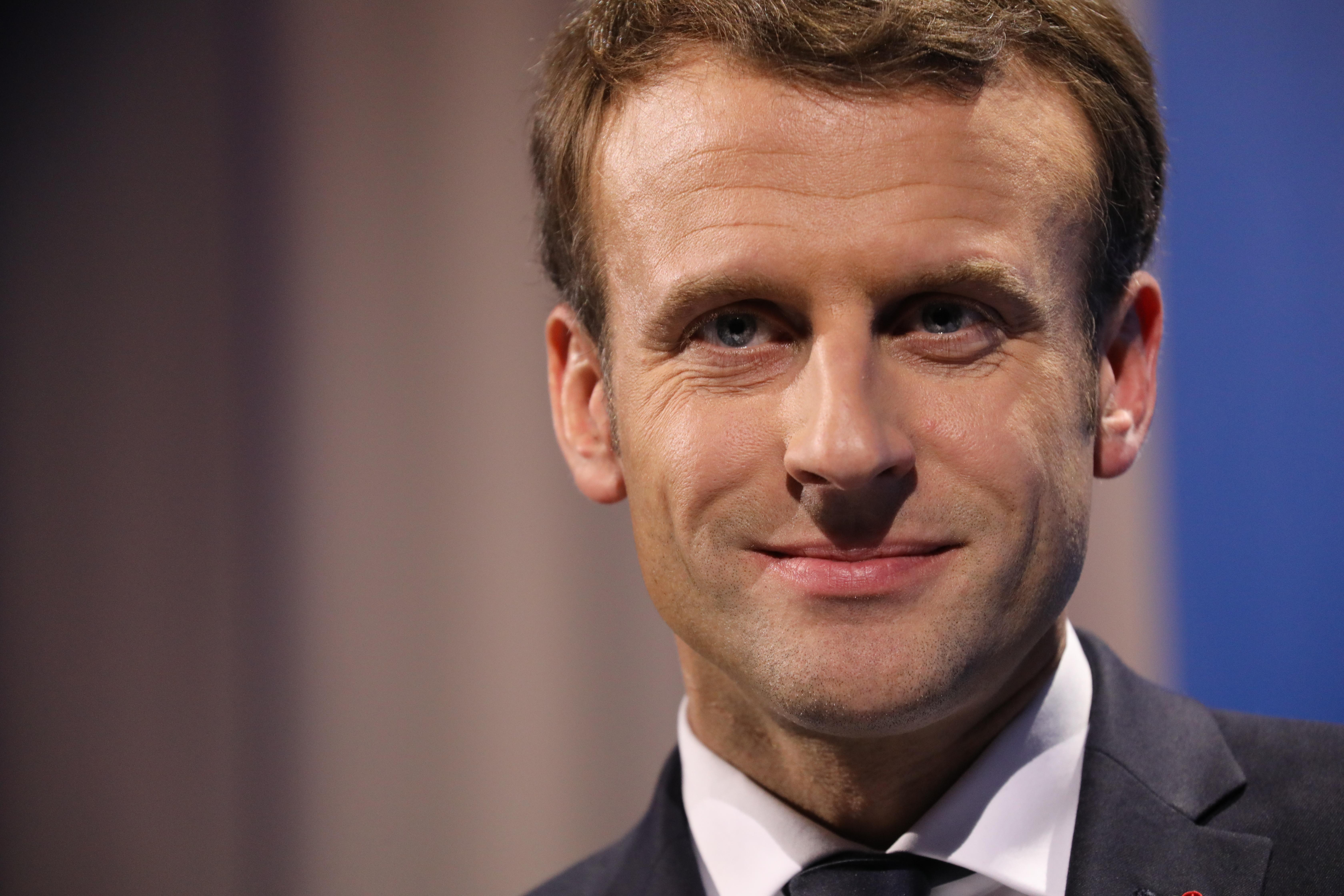 La cote de popularité d'Emmanuel Macron tend à la hausse — Sondage