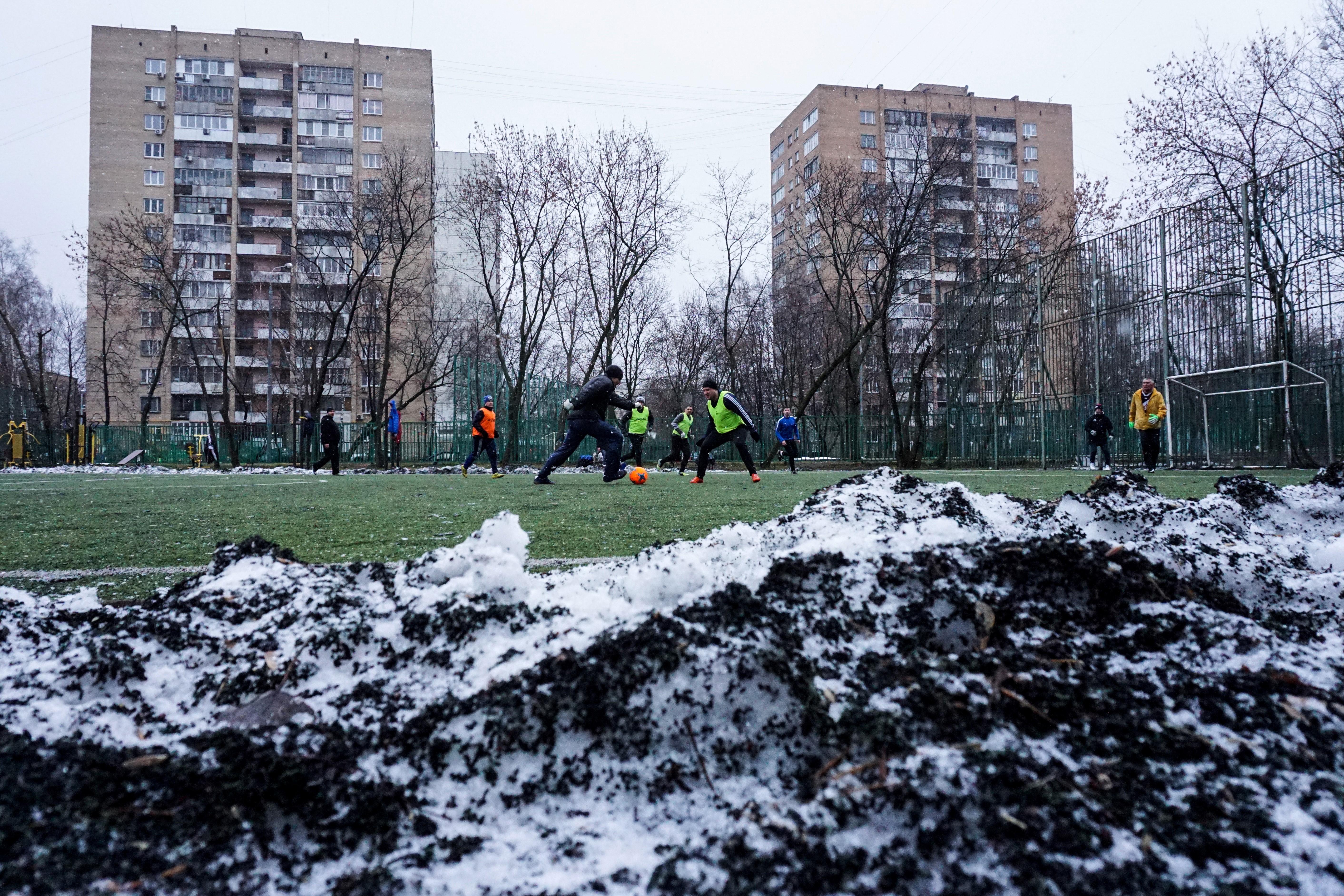 Un adolescent attaque ses camarades à la hache, sept blessés — Russie